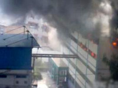 齐鲁制药爆炸_齐鲁制药车间爆炸 连炸3次浓烟刺鼻疑含有毒物质