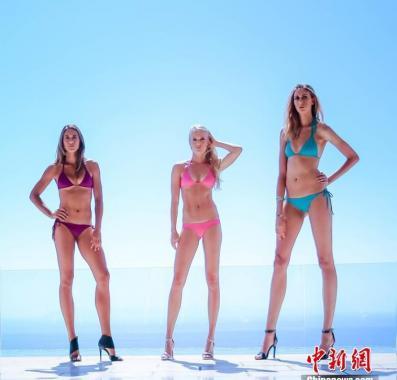 女模特腿長1.24米 刷新美國最長腿紀錄