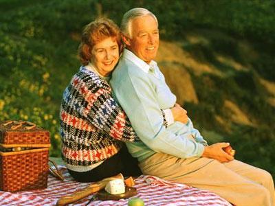 老年人遭遇骗婚 单身老人心理失衡