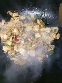 手撕包菜炒肉