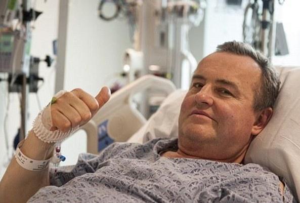 美国完成首例生殖器移植手术